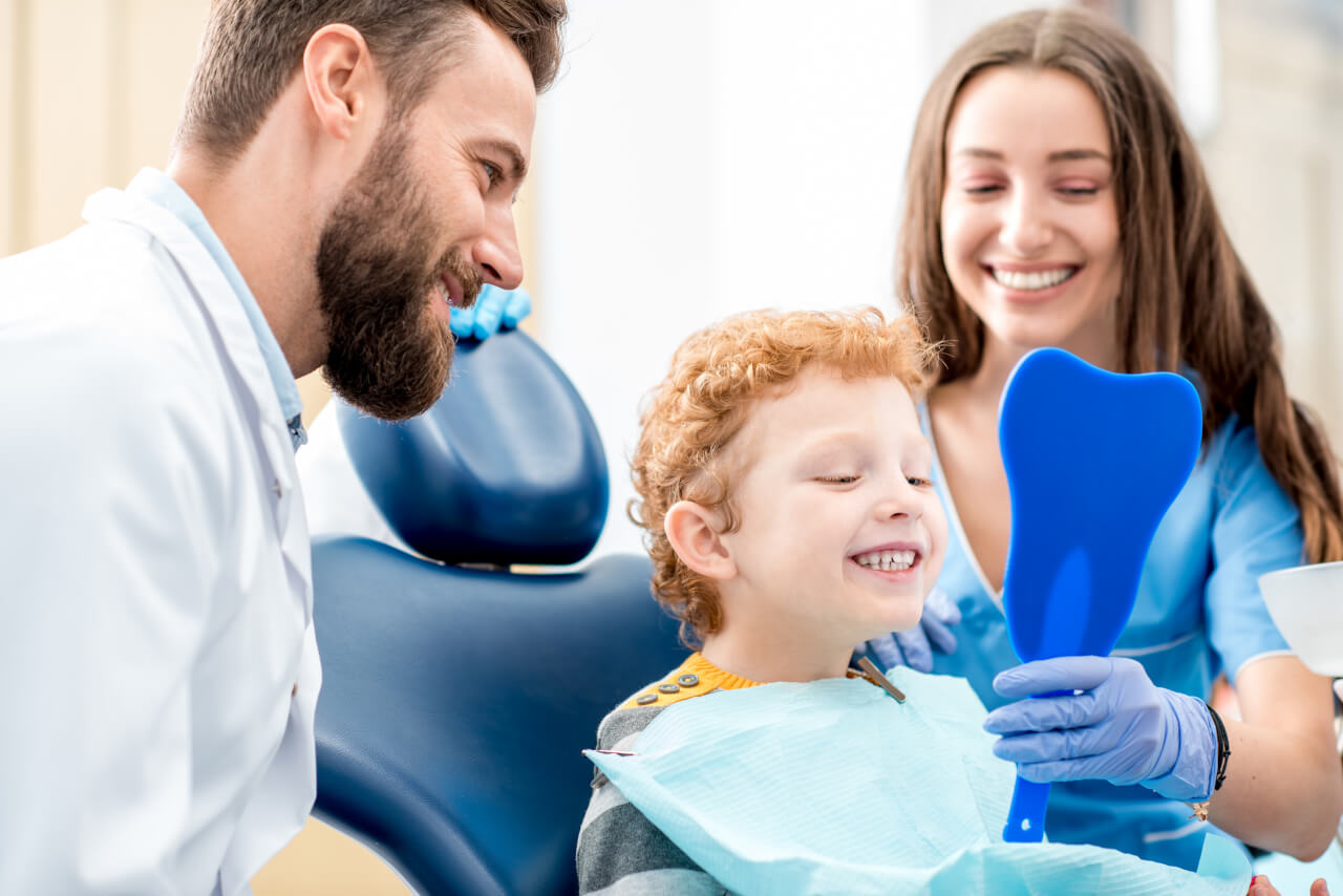 pediatric dentist salary